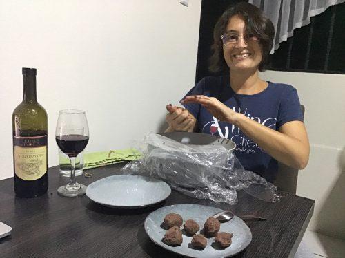 Maria squeezing the chocolate mixture into balls