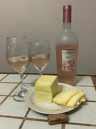 Italian Rosé and local Mozzarella cheese