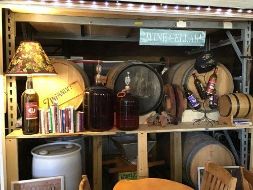 tasting room at Vino Veritas Winery